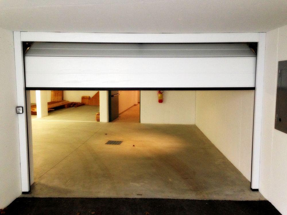 h rmann sektionaltor lpu 40 harrasser gmbh bruneck. Black Bedroom Furniture Sets. Home Design Ideas